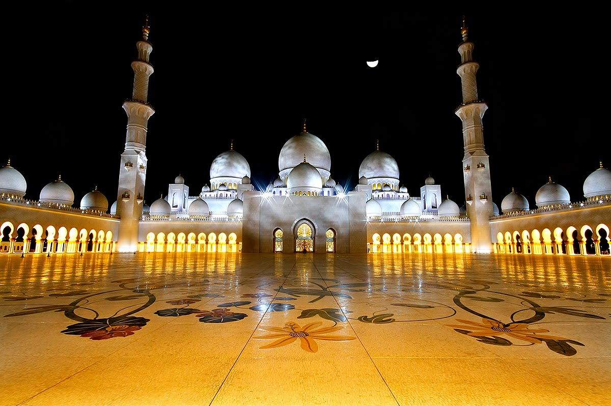 Sheikh-Zayed-Mosque-Night-View