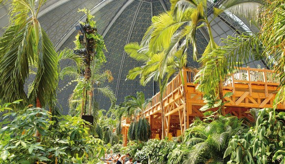 Tropical Islands (1)