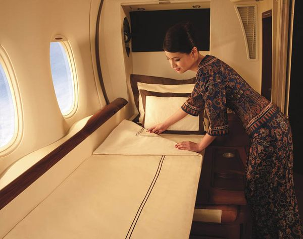 first-class-suites-singapore-airlines-a380-9