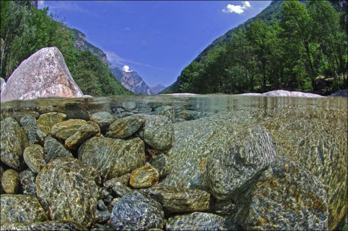 incredibly-clear-waters-of-verzasca-river-7