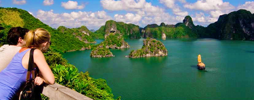 Ha Long Bay (3)