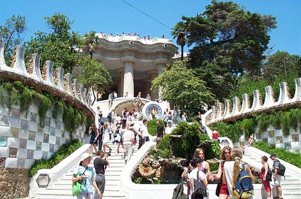 Parc_Guell_Barcelona (2)