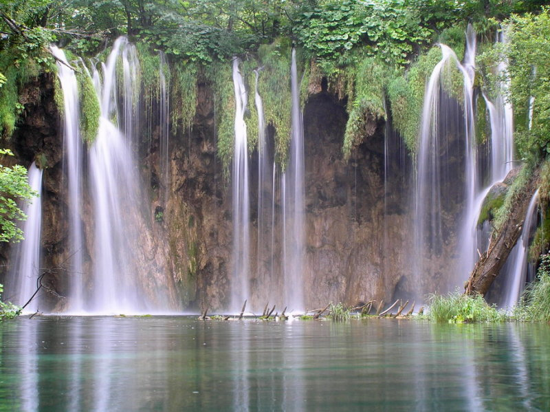 plitvice-croatia-falls-wallpaper