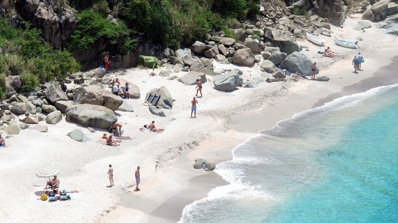 st-bart-shell-beach
