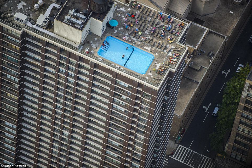 amazing aerial shots of New York taken as he dangled out of a helicopter (12)