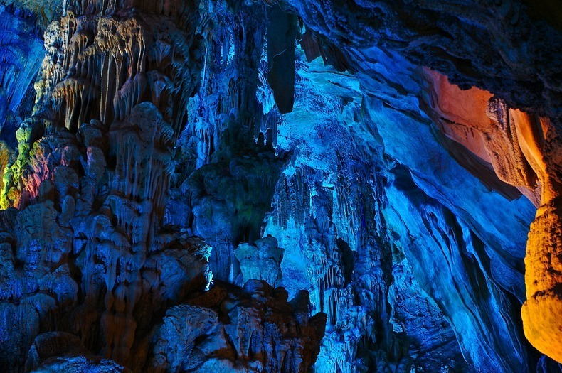 reed-flute-cave-3[2]