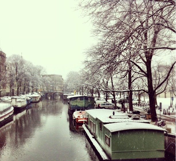 amsterdam-canal (5)