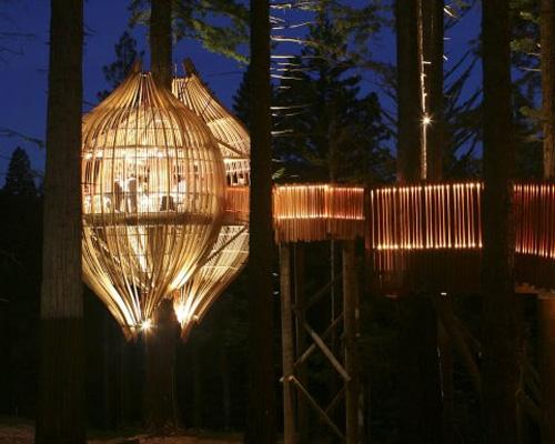 Redwoods-Treehouse-Restaurant-in-New-Zealand